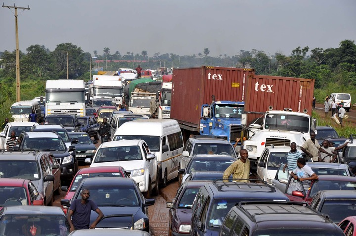 Traffic gridlock used to illustrate the story