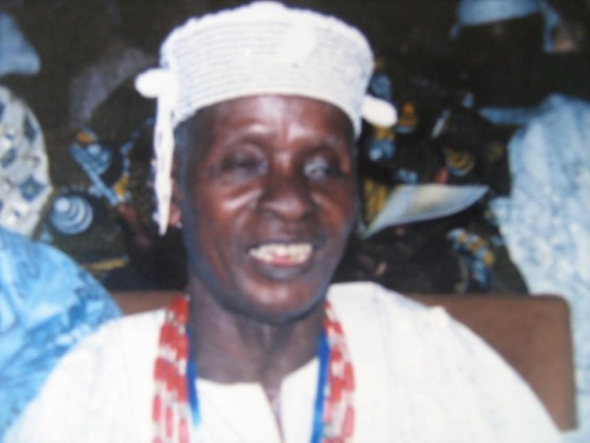 Akin Ogungbe [Photo: africanartswithtaj.blogspot.com]