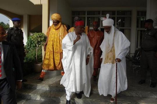 Kano State Governor, Rabiu Kwankwaso and new Emir of Kano, Lamido Sanusi