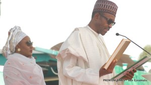 Muhammadu Buhari taking oath of office in Abuja