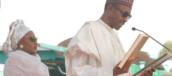 Muhammadu Buhari taking oath of office in Abuja
