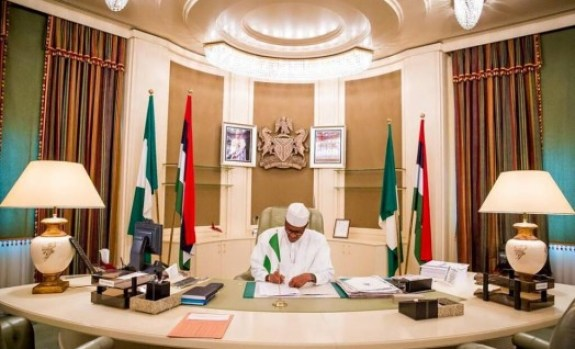 President Muhammadu Buhari first day in Aso Rock ... STATE HOUSE PHOTO