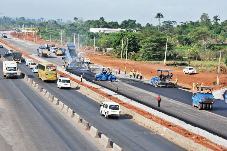 Lagos-Ibadan Expressway under construction