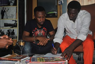 Ruggedman signing the deal