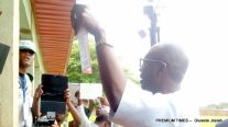 Ize-Iyamu casting his vote at the polling unit