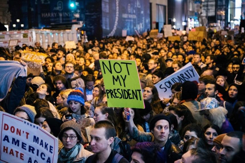 u.s protest trump ile ilgili görsel sonucu