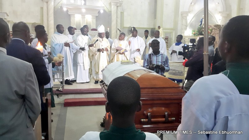 funeral-mass-2