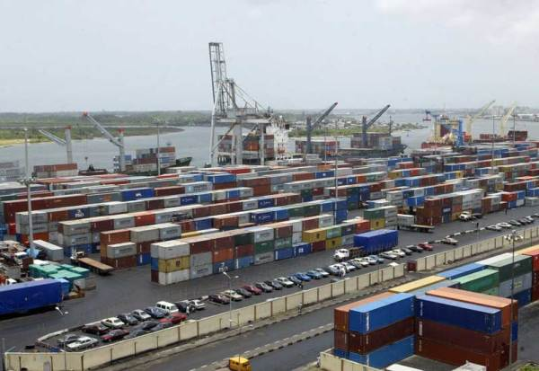 Nigerian Port Authority, Apapa Lagos[Photo Credit:Logbaby]