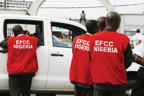 EFCC re-arrests two INEC officials after court proceedings