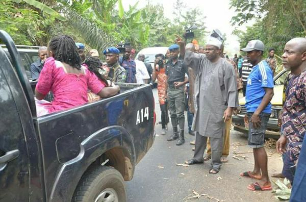 Amosun at accident scene