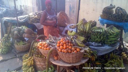 Roadside traders outside the Oyingbo shopping complex