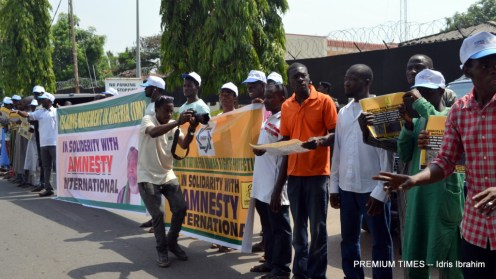 Civil Society groups, Shiites hold rally for Amnesty International