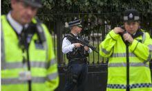 British police [Photo: Daily Express]