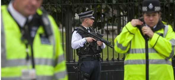 British police [Photo: Daily Express]