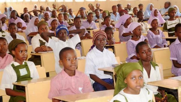 Nigerian pupils preparing to write an exam [Photo: The News Nigeria]