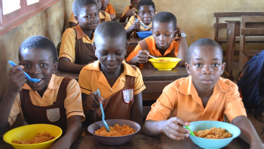 Anambra children during the feeding programme