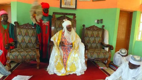 The Ona of Abaji, Alhaji Adamu Yunusa during FOMWAN advocacy visit to the palace