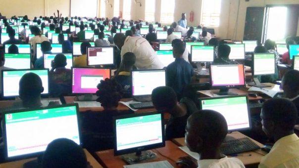 A cross-section of candidates writing the 2017 JAMB and UTME computer based examination at the Federal University Oye-Ekiti, Pro-metrics Centre, in Oye-Ekiti, Ekiti State on Saturday (13/5/17).02637/13/5/2017/Idowu Gabriel/HB/NAN