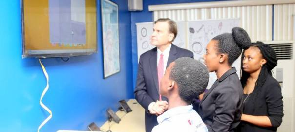 U.S. Ambassador W. Stuart Symington watching a demonstration of one of the tech gadgets at the new American Corner in Lagos. Photo Credit: U.S. Consulate Lagos.