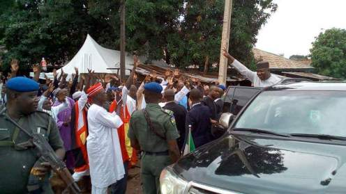 Gov. Ugwuanyi greats Muslims at their Central Mosque located in Owerri road, Enugu