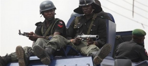 Police on patrol in Kaduna [Photo: Beegeagle's Blog]
