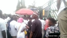 Nigerian youths shut down national assembly gate