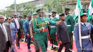 R-L Acting President Yemi Osinbajo, Rivers State Governor, Nyesom Ezenwo Wike and Deputy Governor Ipalibo Harry Banigo inspecting a guard of honour during an airport reception for the Acting President in Port Harcourt on Thursday.