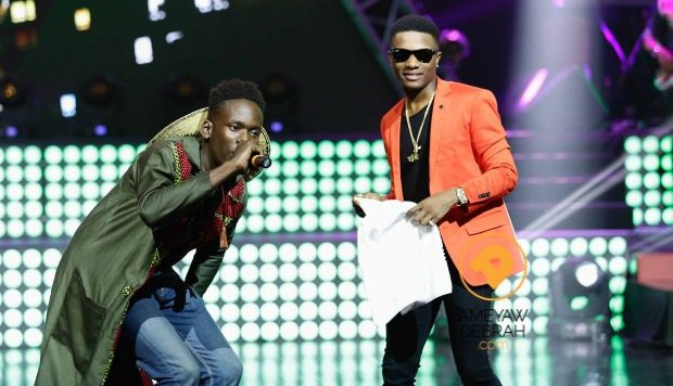 Mr Eazi and Wizkid performing together at a recent concert