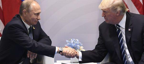 Trump (R) and Putin (L)