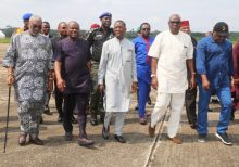 Delta State Governor, Senator Ifeanyi OKowa (middle); Rivers State Governor, Nyesom Wike (2nd left); Governor of Ekiti State and Chairman, PDP Governor's Forum, Ayodele Fayose (2nd right); National Secretary PDP, Senator. Ben Obi  (left) and the Former Deputy Speaker, House of Representatives, Rt. Hon. Austine Okpara, when Governor Okowa received the National Committee for the Anambra PDP Governorship Primaries, at Asaba Air Port.