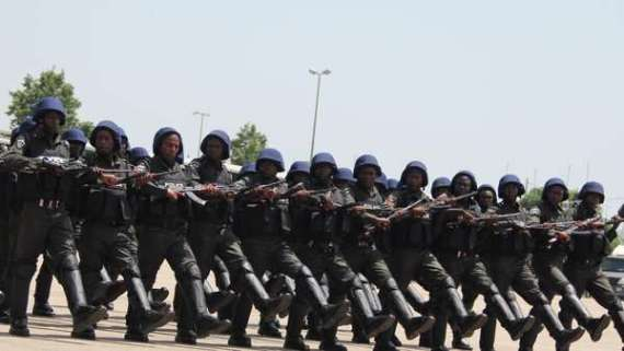 Nigerian Police Marching. [Photo credit: Pulse.ng]