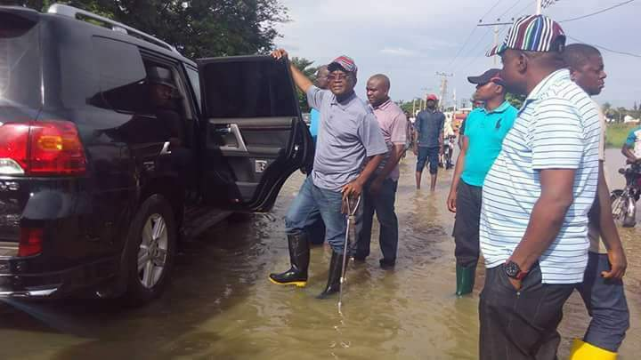"Gov. Samuel Ortom of Benue on Saturday, appealed to the Federal Government to dredge River Benue to tackle the perennial flood in the state permanently. Ortom made the plea in an interview with newsmen shortly after inspecting the flooded areas in Makurdi. ""Dredging of River Benue remains the best option to curtail flooding in the […]"