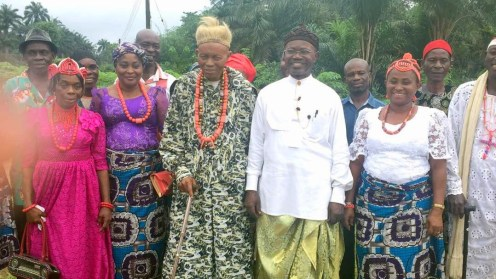 L-R The village head, Chief Akpan Samuel Udofa Uwemedimo Davis, the deputy village head, Wife of the village head, Obongawom Aniedu Udofa and some elders during a media visit to Ikot Nkpenne community. [Nike Adebowale]