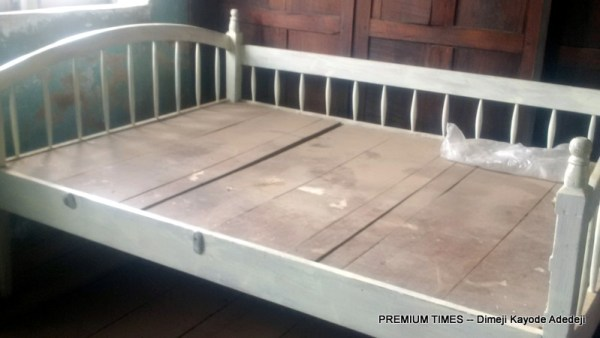 Bed of the deceased couple