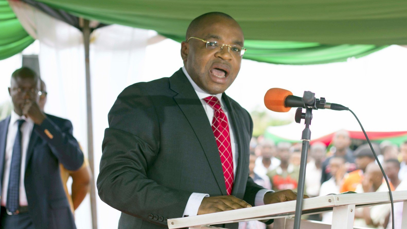 Akwa Ibom suspends more officials over illegal job recruitment - Premium Times