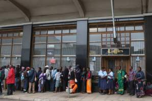 Zimbabweans storm banks for transactions following today's development.