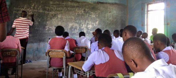Nigeri school