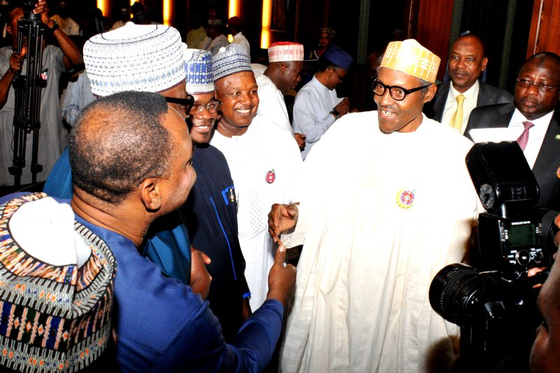 President Muhammadu Buhari (r)  with members of the Nigeria Governors Forum during a meeting at the Presidential Villa in Abuja on Monday (27/11/17) 06360/27/11/2017/Callistus Ewelike/ICE/NAN