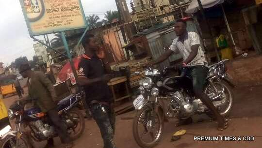 Business going on at Awka etiti. Seems people ain't ready for accreditation