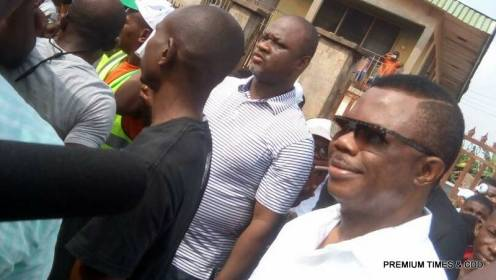 Governor Willie Obiano arrived his polling unit at Eri Primary Sch, 004 Otuocha 1