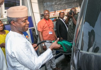 VP visits filling stations in Lagos by NOVO ISIORO7