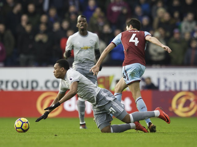 Martial strikes as Manchester United edge past Burnley