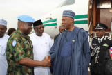 Saraki being received by the Force Commander for the United Nations Mission in Liberia, Maj.-Gen. Salihu Uba, and the Nigerian Ambassador to Liberia, James Dimka.