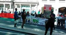 Biafra supporters protest against Buhari in London
