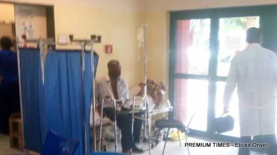 A doctor attending to a patient at the emergency ward in Abuja National hospital.