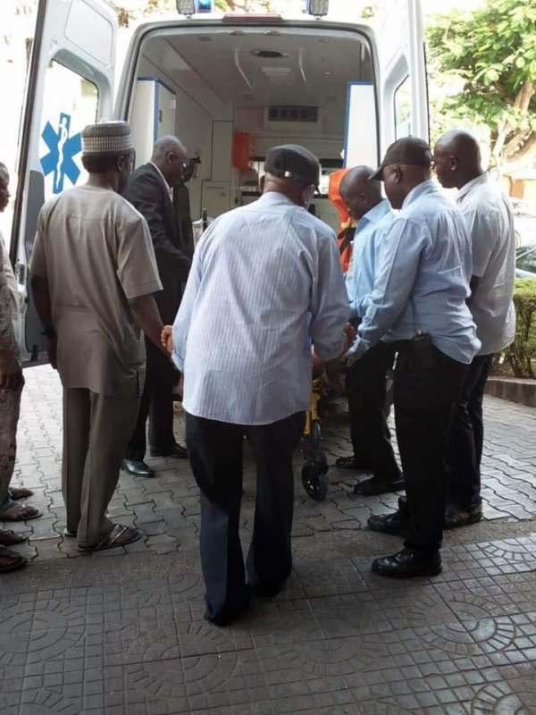 Senator Dino Melaye arrived at Zankli Hospital Abuja in a stretcher