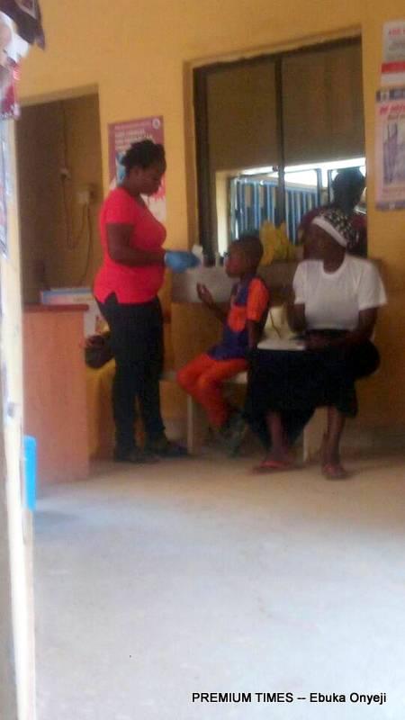 Adhoc staff running free HIV tests at PHC Kogotu.