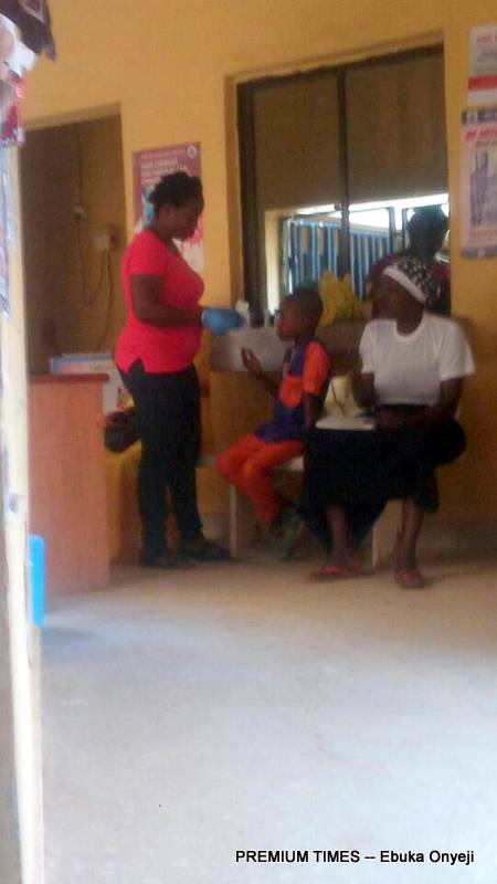 Adhoc staff running free HIV tests at PHC Kogotu.
