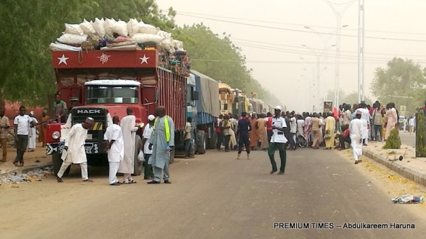 A truck filled by returnee IDPs on the day Government declared Bama safe for IDPs to return. (Photograph: Abdulkareem Haruna)