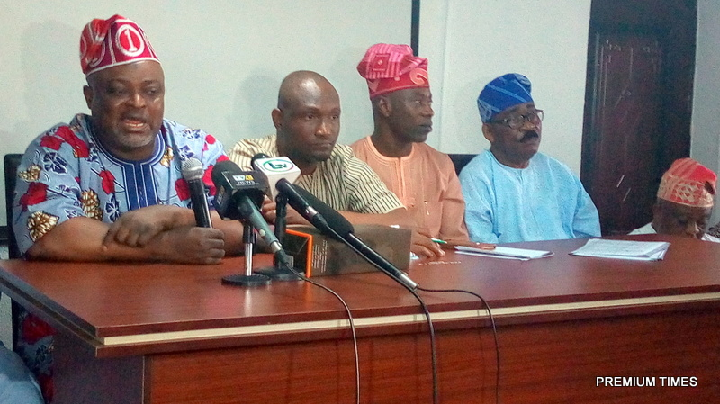 Mr Obasa and other APC leaders in Agege during the press conference.